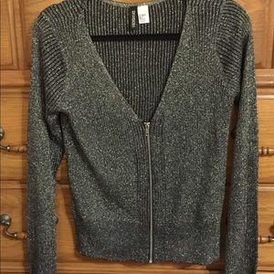 V-neck sweater/cardigan
